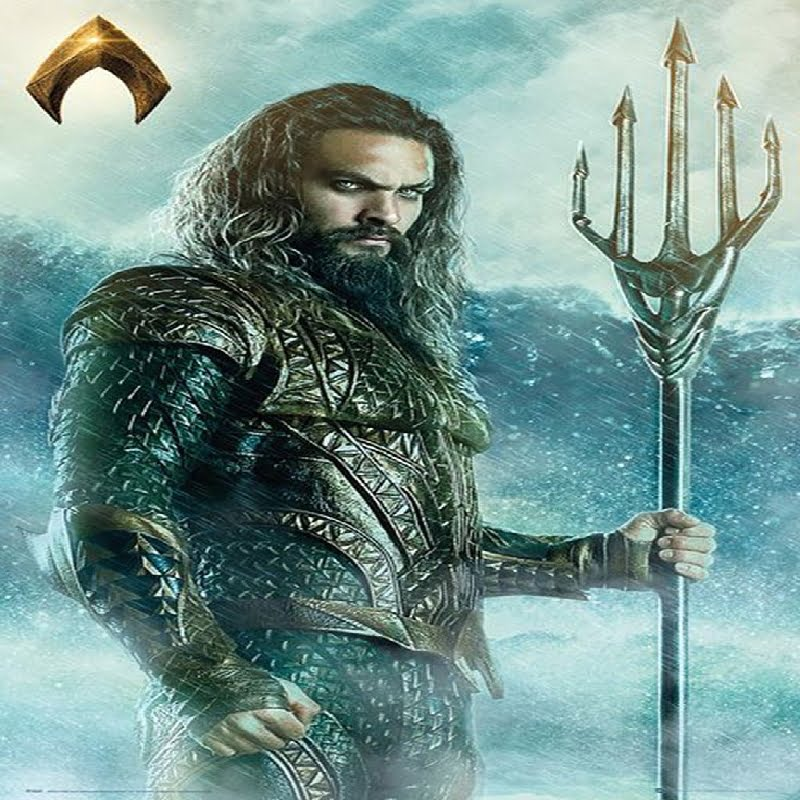 Aquaman posing with trident