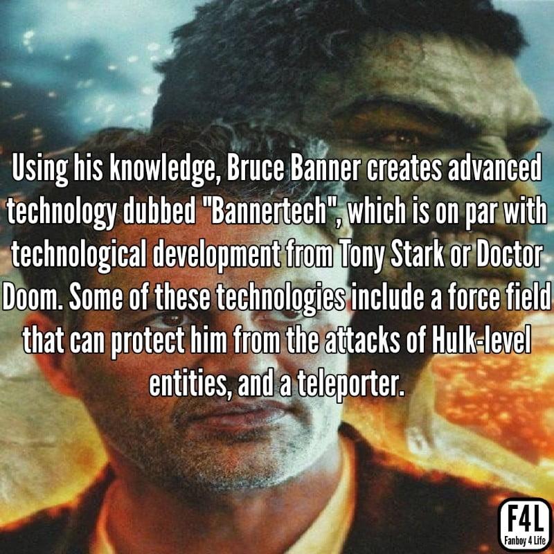 Bruce Banner posing with Hulk