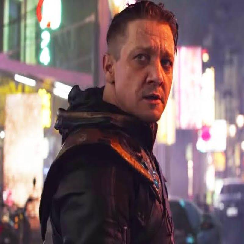 Hawkeye posing as Ronin